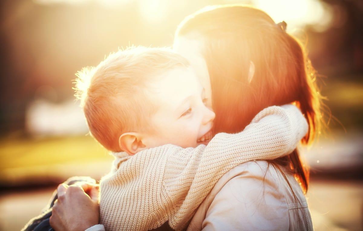 Les 10 façons d'annoncer un voyage aux enfants