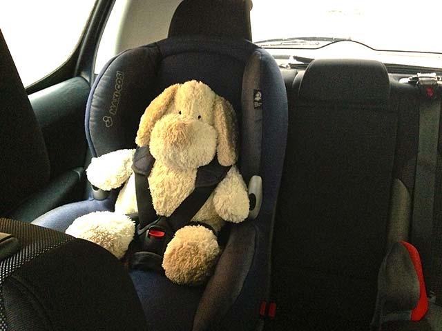 Attacher vos enfants en voiture tout ce qu 39 il faut savoir poussin voyageur - Tout ce qu il faut pour bebe ...