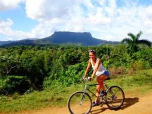 Clémence des Kids Trotteurs -Baracoa- Cuba