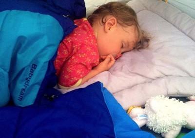 Un bébé peut dormir sous une tente !