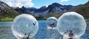water-ball-tignes-été-montagne-vacances-voyage