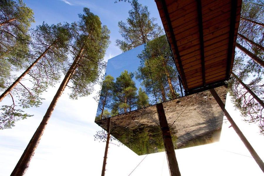 Lieux insolites en famille dans les pays de l 39 euro - Hotels de charme le treehotel en suede ...