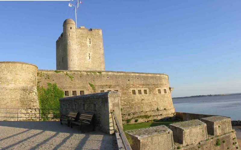 chateau vauban fouras en bord de mer