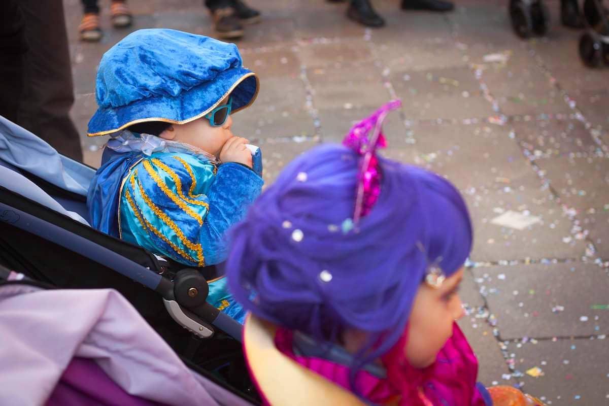 Cinq carnavals du monde